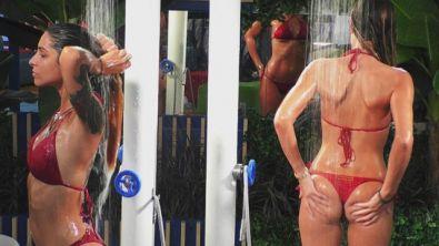 Taylor in doccia fa impazzire tutti