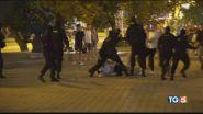 È caos in Bielorussia. Libano: via il Governo