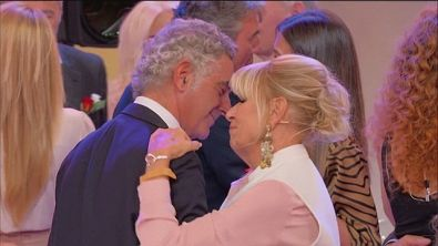 "Due balli ""al bacio"""