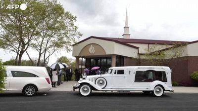 Ma'Khia Bryant, il funerale della giovane afroamericana uccisa da un poliziotto in Ohio
