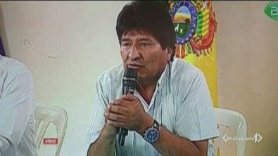 """Morales si dimette, """"è ricercato"""""""