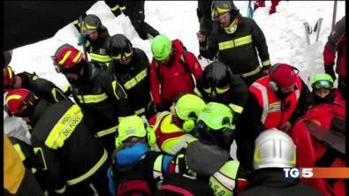 Gli angeli della neve salvano 10 persone