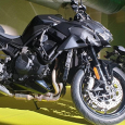 Kawasaki Debert moto
