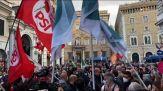 Roma, Zingaretti arriva a Santi Apostoli per la festa a Gualtieri