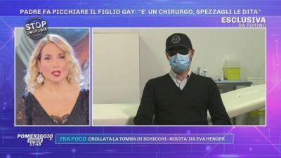 Torino, padre fa picchiare il figlio gay: ''È un chirurgo, spezzagli le dita'' - Le ultimissime