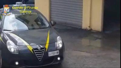 Turbative d'asta e collusione nel Cosentino: arrestato il sindaco di Praia a Mare