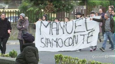 Una fiaccolata per Manuel
