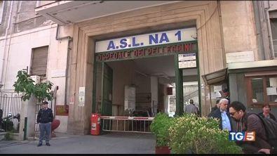 """""""E' come in una guerra"""" Napoli, raid in ospedale"""