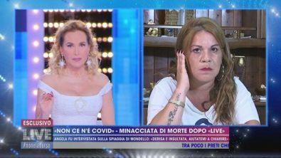 """""""Non ce n'è Covid"""" - Minacciata di morte dopo """"Live"""""""