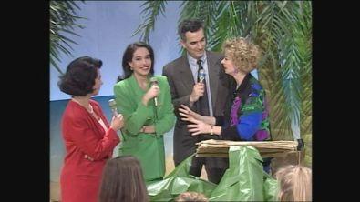 Cristina Parodi, Cesara Bonamici e Lamberto Sposini ospiti a Non è la Rai 1992