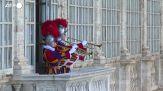 Trentaquattro nuove Guardie Svizzere giurano fedelta' a Papa Francesco