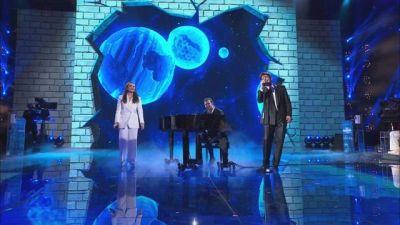 Arisa e Stash cantano ''L'anno che verrà'' - La Finale
