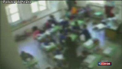 """""""Siete ciucci, ritardati mentali"""": picchiava i bimbi della materna, insegnante sospesa a Benevento"""