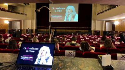 """Teatro Duse di Bologna riapre le porte con un """"prezzo popolare"""""""