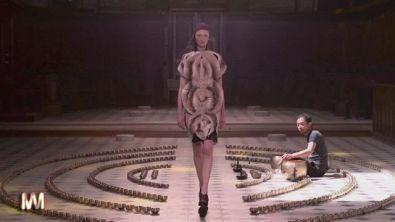 Iris van Herpen: la collezione Haute Couture per l'inverno 2016-17