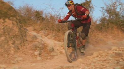 René Wildhaber alla scoperta dell'Oman in MTB