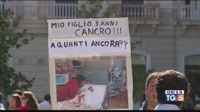Fiaccolata a Taranto