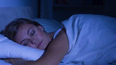 Contro il Covid-19: dormiamo un'ora in più a notte. Ecco perché