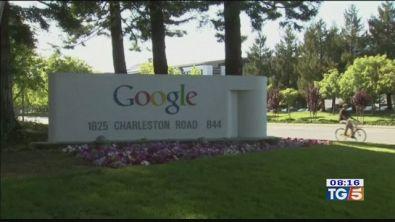 Bug e rischi privacy, Google chiude il social