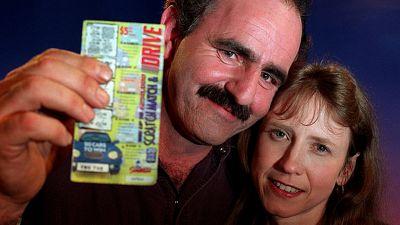 """Bill Morgan, il """"morto rinato"""" che ha vinto alla lotteria"""