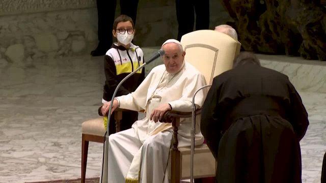 Udienza di Papa Francesco in Vaticano: accade l'imprevedibile
