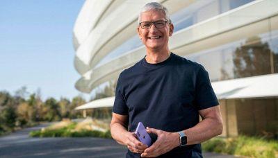 Tim Cook, quanto guadagna il ceo di Apple e come è diventato miliardario