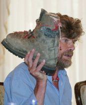 Reinhold Messner, la vita incredibile di un mito dell'alpinismo