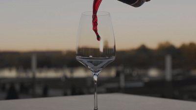 Quanto costano i due migliori vini (economici) italiani dell'estate