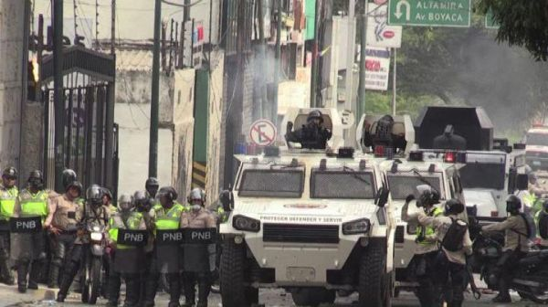 Scontri in Venezuela, tre morti: nuova protesta anti-Maduro