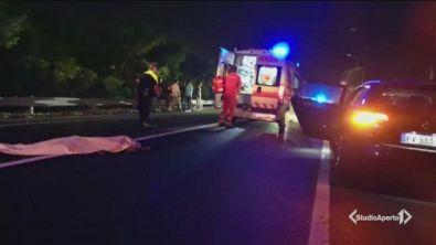 Guida ubriaca uccide due giovani