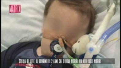 Storia di Alfie, il bimbo che doveva morire ma non vuole
