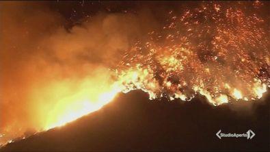 Inferno di fuoco in California