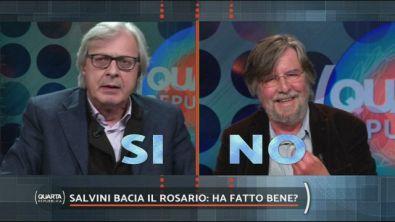Salvini bacia il rosario: ha fatto bene?