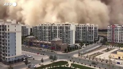 Cina, una tempesta di sabbia travolge Dunhuang: citta' in tilt