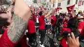 Roma, i cori dei tifosi della Turchia in Piazza di Spagna