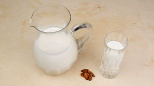 Ricetta del latte di mandorle