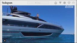 Ibra, che tuffo dallo yacht