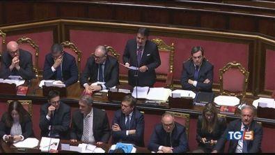 Ultimatum di Renzi il governo rischia