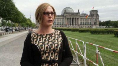 """Germania, deputata transgender """"umiliata"""": corro col nome da uomo"""