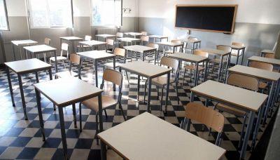 Scuola, chi torna in presenza e chi no: le regole del nuovo decreto