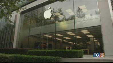 Il crollo di Apple travolge le Borse