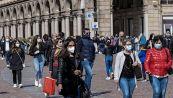 Covid, medici contro riaperture: nuova data di fine pandemia