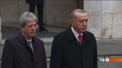 Erdogan a Roma tra proteste e disordini