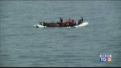 Ad Augusta i migranti salvati dalla marina