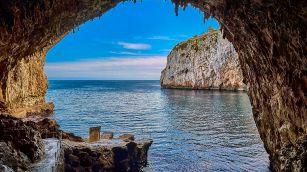 La leggenda della grotta di Zinzulusa
