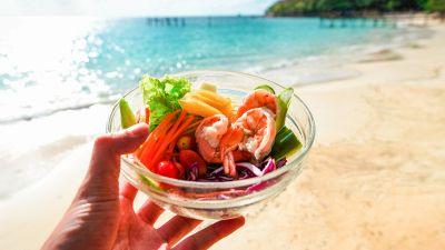 Cibi da spiaggia, cosa mangiare per non ingrassare