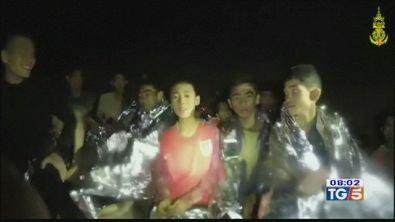 Salvi 4 ragazzi usciti dalla grotta