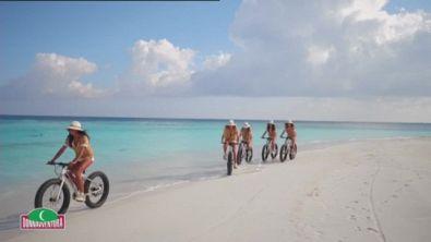 A zonzo sull'atollo