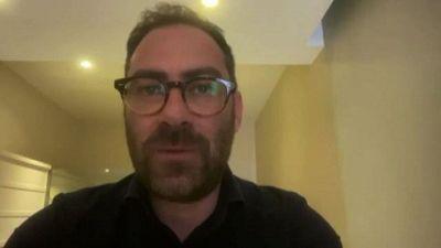 Mario Incudine racconta l'uomo in pandemia con Selfie in lockdown