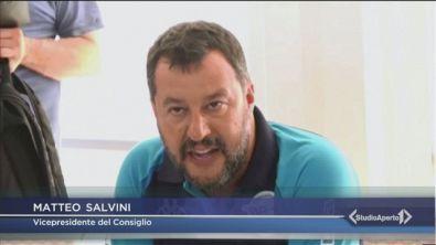 Salvini va all'attacco